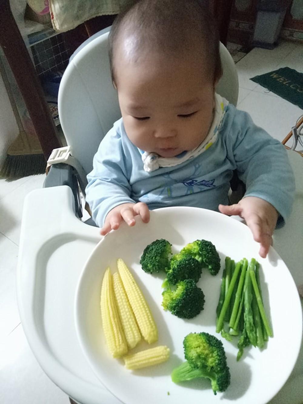 Chuyên gia Viện dinh dưỡng mách mẹ cách cho bé ăn dặm kiểu Nhật
