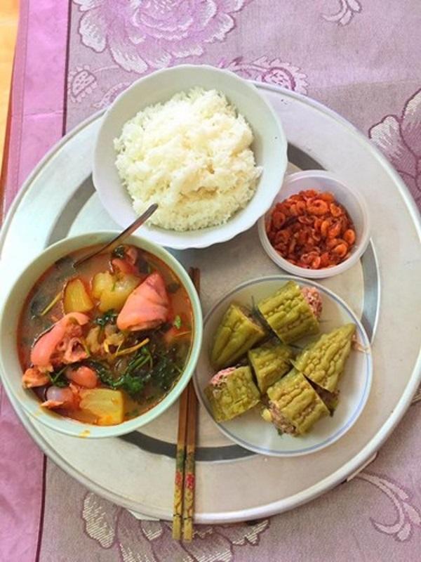 Sinh ra là người Việt, yêu thương hạt gạo dường như nằm trong bản năng của chúng ta