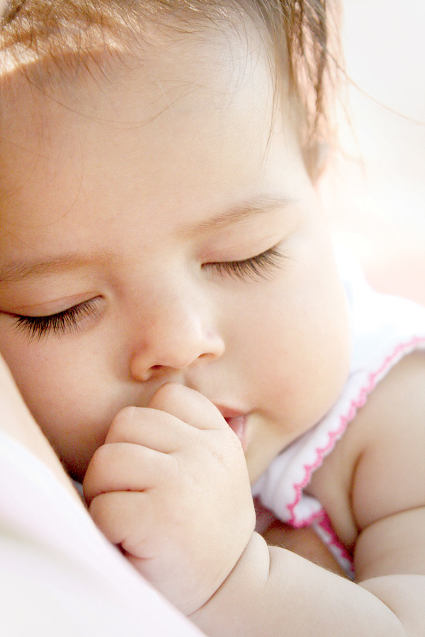 Buổi tối cho con đi ngủ vào giờ này trẻ sẽ ngày càng thông minh