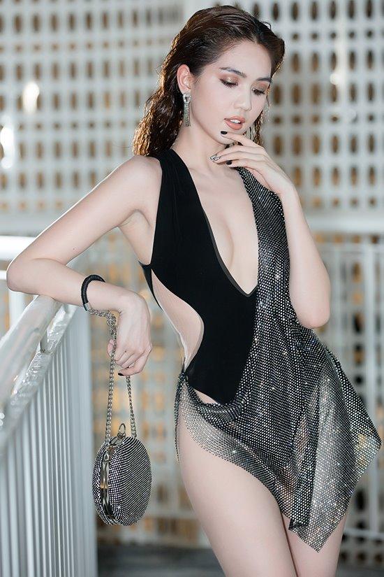 Khi 'hở hang' ở Cannes vẫn chưa phải là 'đỉnh cao' của Ngọc Trinh: 'Tôi mặc như vậy vì tôi thích'