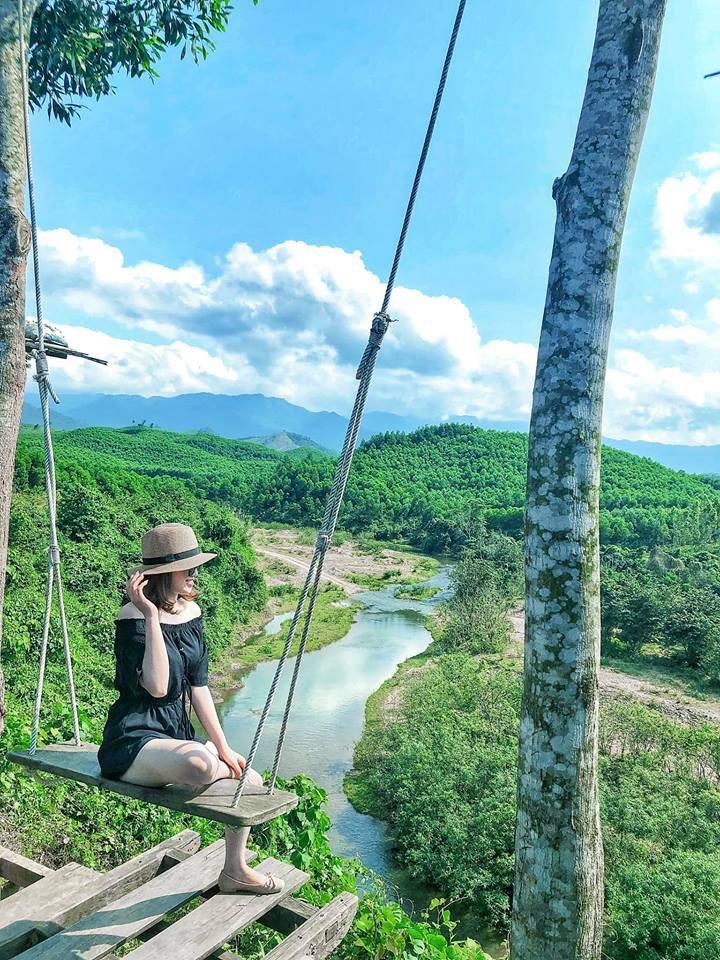 Xích đu 'tử thần' ở Quảng Bình đẹp chẳng kém Bali - Phụ Nữ Ngày Nay