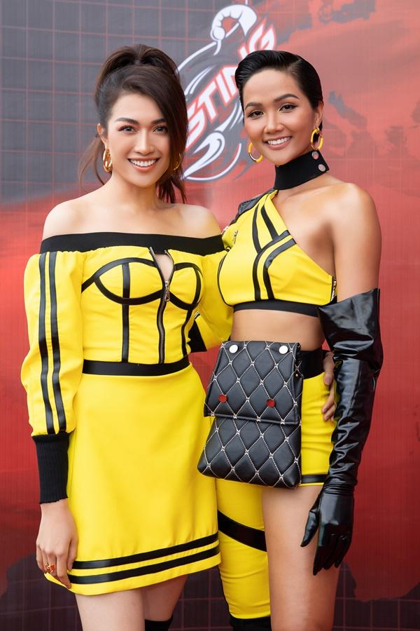 """H'Hen Niê, Lệ Hằng hóa """"Chiến binh vàng"""" sẵn sàng cho Cuộc đua kỳ thú 2019 - Phụ Nữ Ngày Nay"""