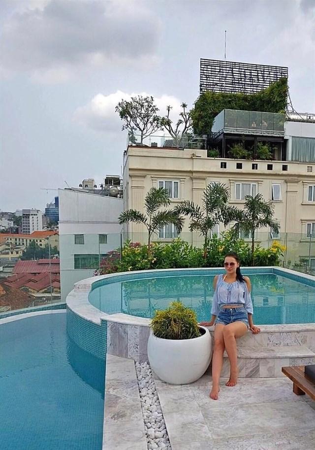 Điểm đến cho người thích bơi lội giữa trung tâm Sài Gòn - VnExpress Du Lịch