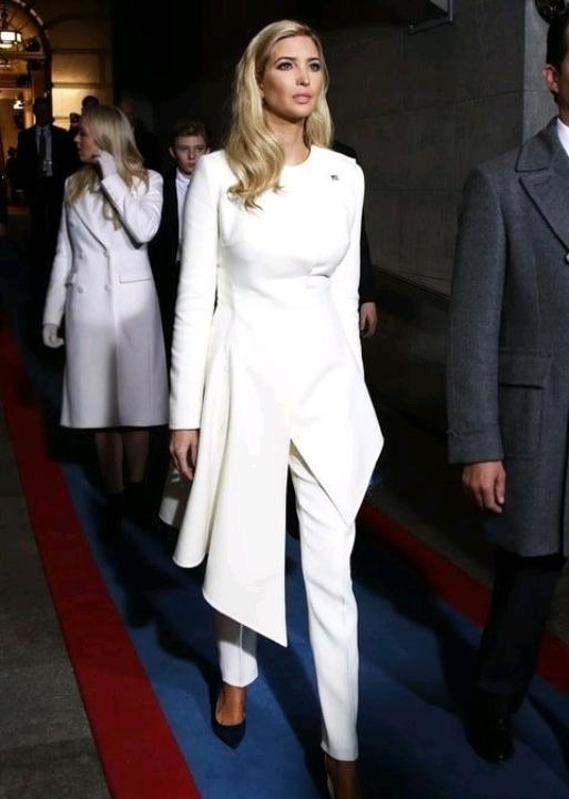 Điều ít biết về con gái út gợi cảm của Tổng thống Trump với người vợ thứ 2