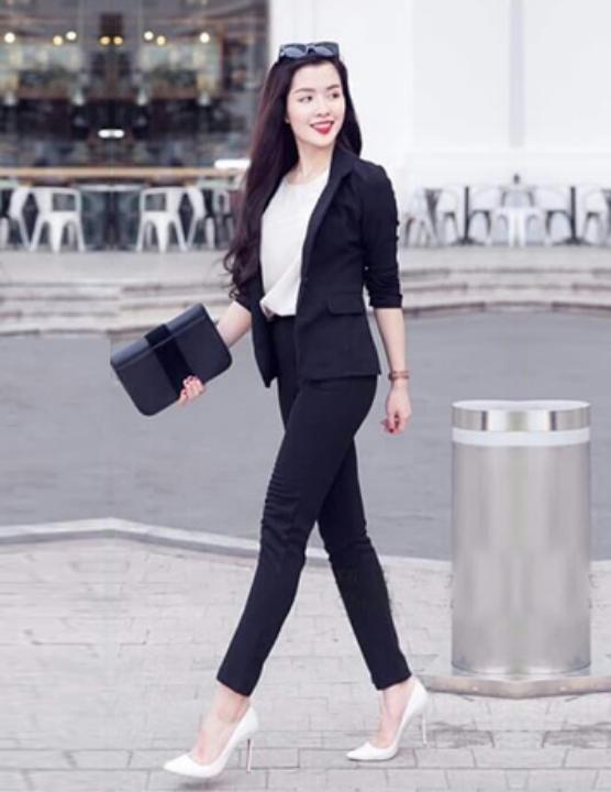 Thời trang công sở K&K Fashion 2019 - Váy đầm, áo kiểu, chân váy