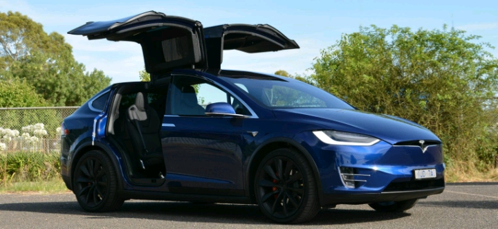 XEHAY - Khám phá chi tiết Tesla Model X bản P100D giá $400k - SUV tăng tốc nhanh nhất thế giới