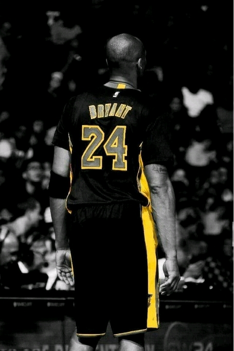 Kobe Bryant: Người hùng hay ác nhân