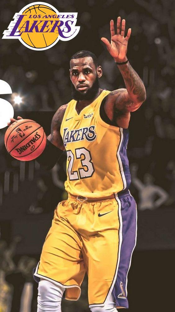 LeBron James: 'Quái vật' thách thức cả NBA