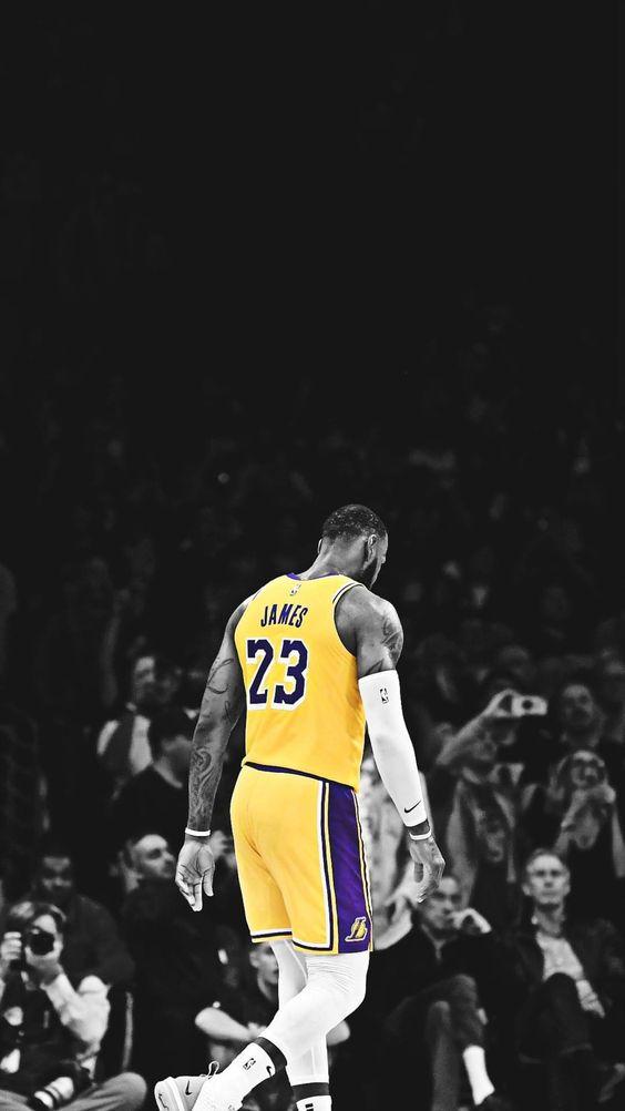 Sự nghiệp của LeBron James đã khác nếu vào NBA muộn 1 năm | bongro24h.vn