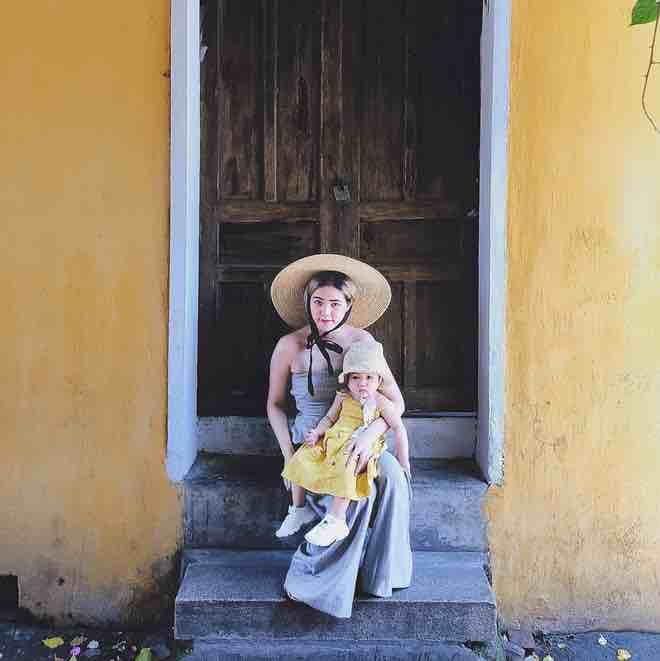 'Ba gia đình hot nhất mạng' khoe ảnh đi du lịch chung đáng yêu