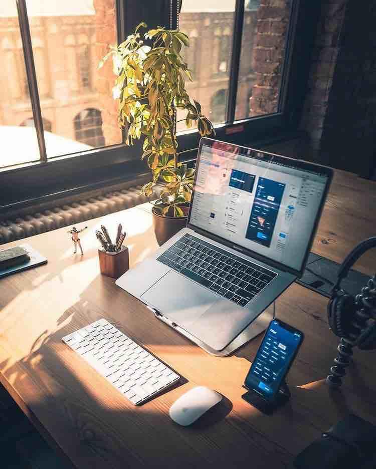 Top 7 laptop cho lập trình viên tốt nhất 2019 nhỏ gọn tốc độ nhanh - Blog Adayroi