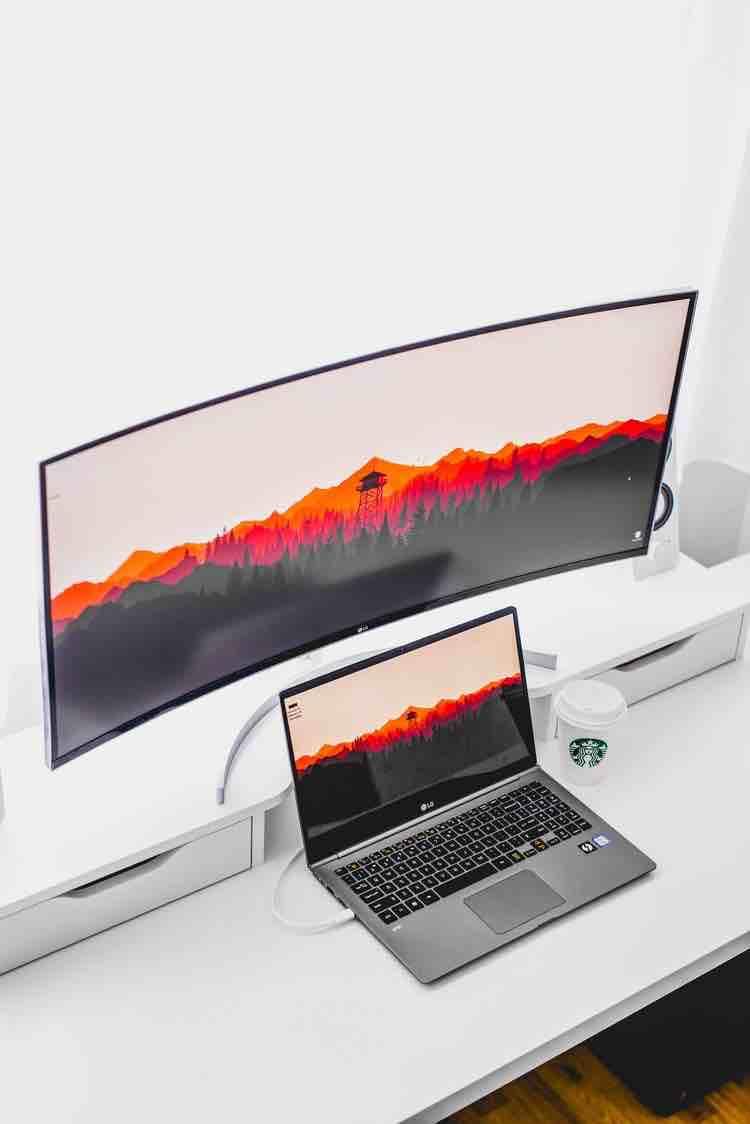 Top 10 Laptop Mini Giá Rẻ Đáng Mua Nhất 2019