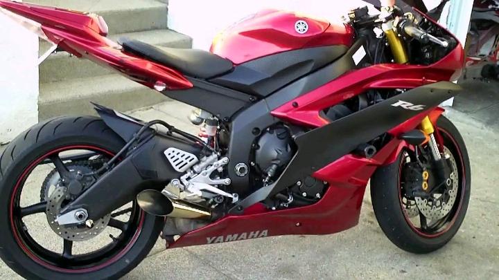 Yamaha R6 Đỏ - Con Quái Vật Thứ Thiệt Của Trường Đua