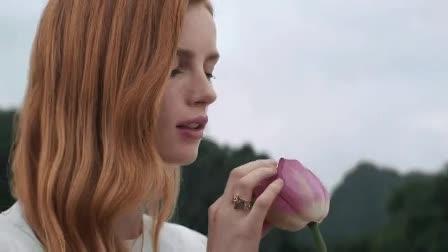 5 màu son cực phẩm cho mùa thu của các thương hiệu đình đám khiến nàng mê mẩn vì diện lên vừa trắng da lại vừa trắng răng
