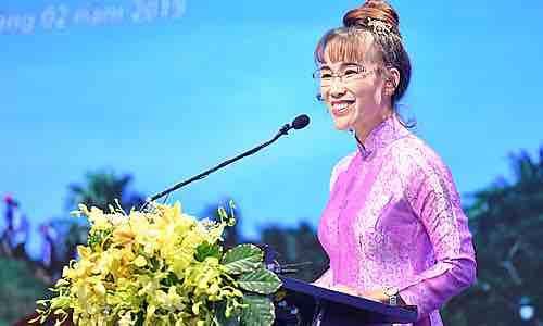 Nữ tỷ phú truyền cảm hứng cho cộng đồng khởi nghiệp - VnExpress Kinh Doanh