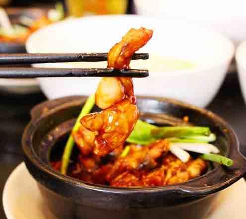 Sẽ thật tội lỗi nếu đến Singapore mà không thử hết 10 món ăn đường phố cực ngon này