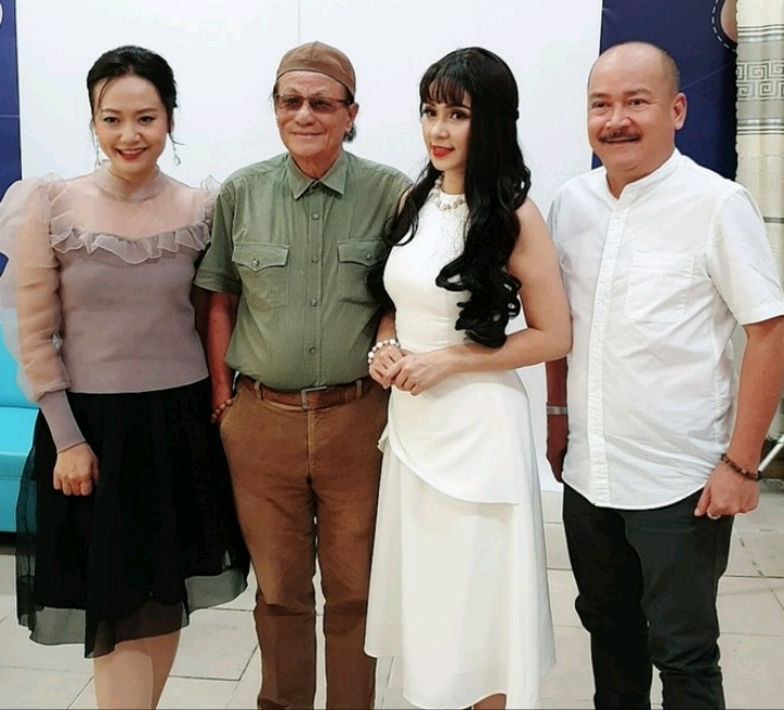 Dàn sao 'Người đẹp Tây Đô' hội ngộ sau 23 năm: Việt Trinh, Hồng Ánh vẫn đẹp bền bỉ bất chấp quy luật thời gian