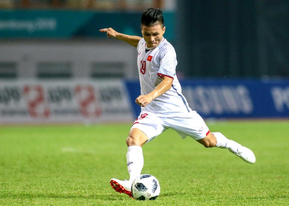 """Quang Hải xuất sắc nhất Đông Nam Á: Đánh bại """"Messi Thái"""", rạng rỡ trên đỉnh cao-Bóng đá 24h"""