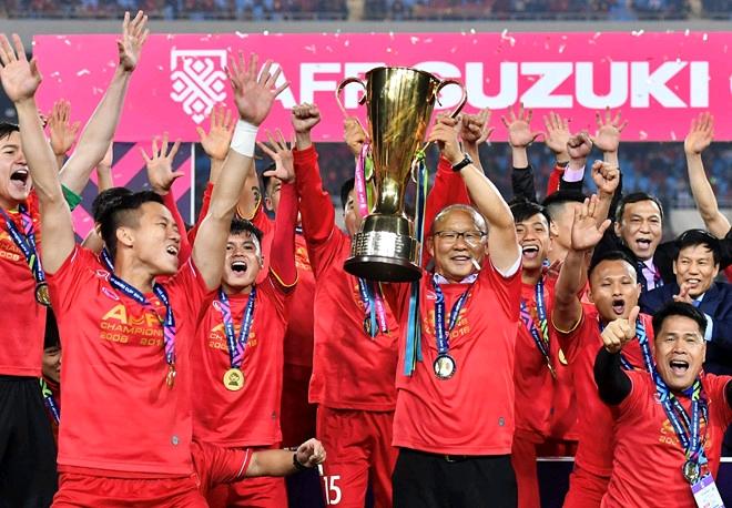 Danh sách đội tuyển việt nam đấu UAE: Lộ lý do HLV Park Hang Seo loại 5 SAO