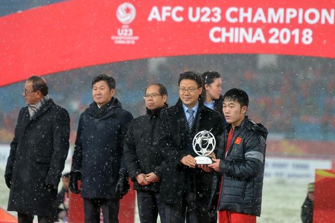 Bản hợp đồng xô đổ nhiều kỷ lục của HLV Park Hang Seo-Bóng đá 24h