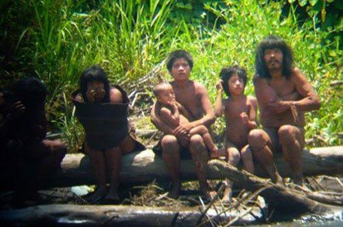 Những bộ tộc bí ẩn nhất hành tinh - Doanh nghiệp Việt Nam