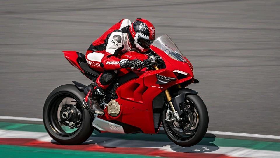 Ducati Panigale V4, il video ufficiale della supersportiva