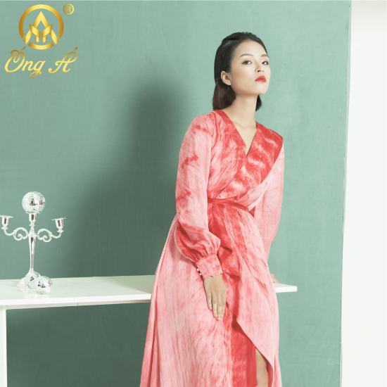 ÓNG Ả - Mulberry Silk High-End Designer Fashion Brand of Vietnam.