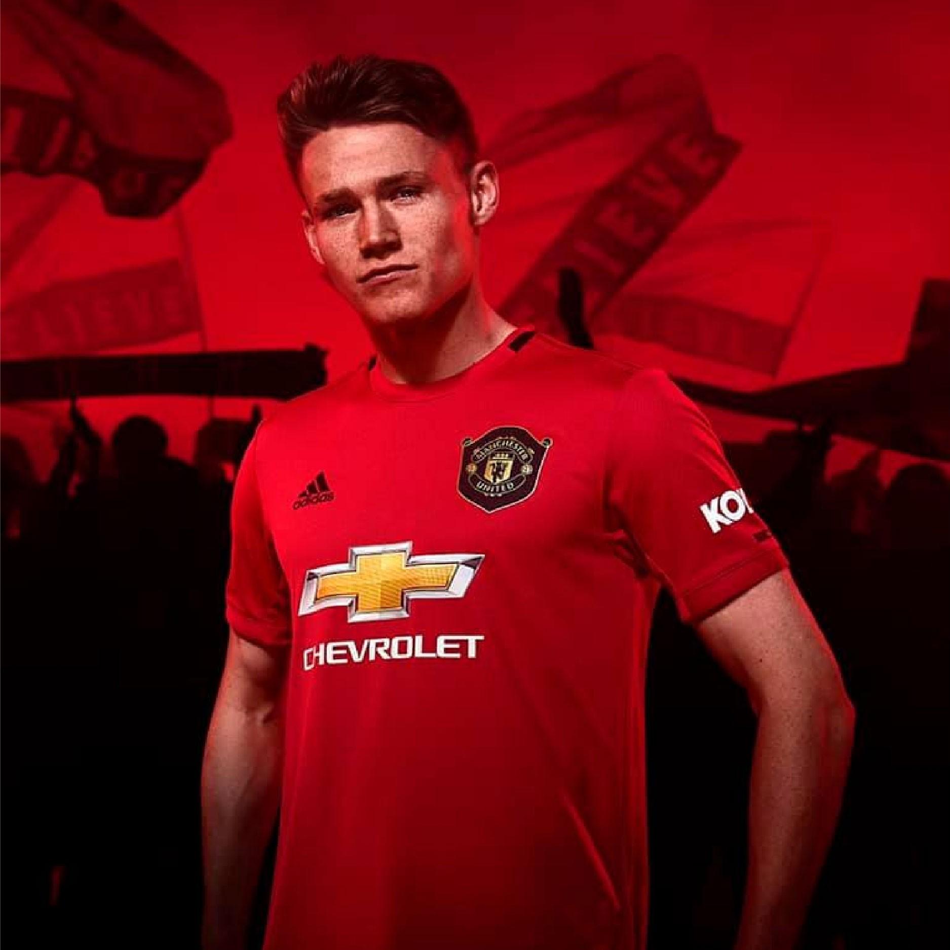 Adidas giới thiệu mẫu áo mới của Manchester United mùa giải 2019 - 2020