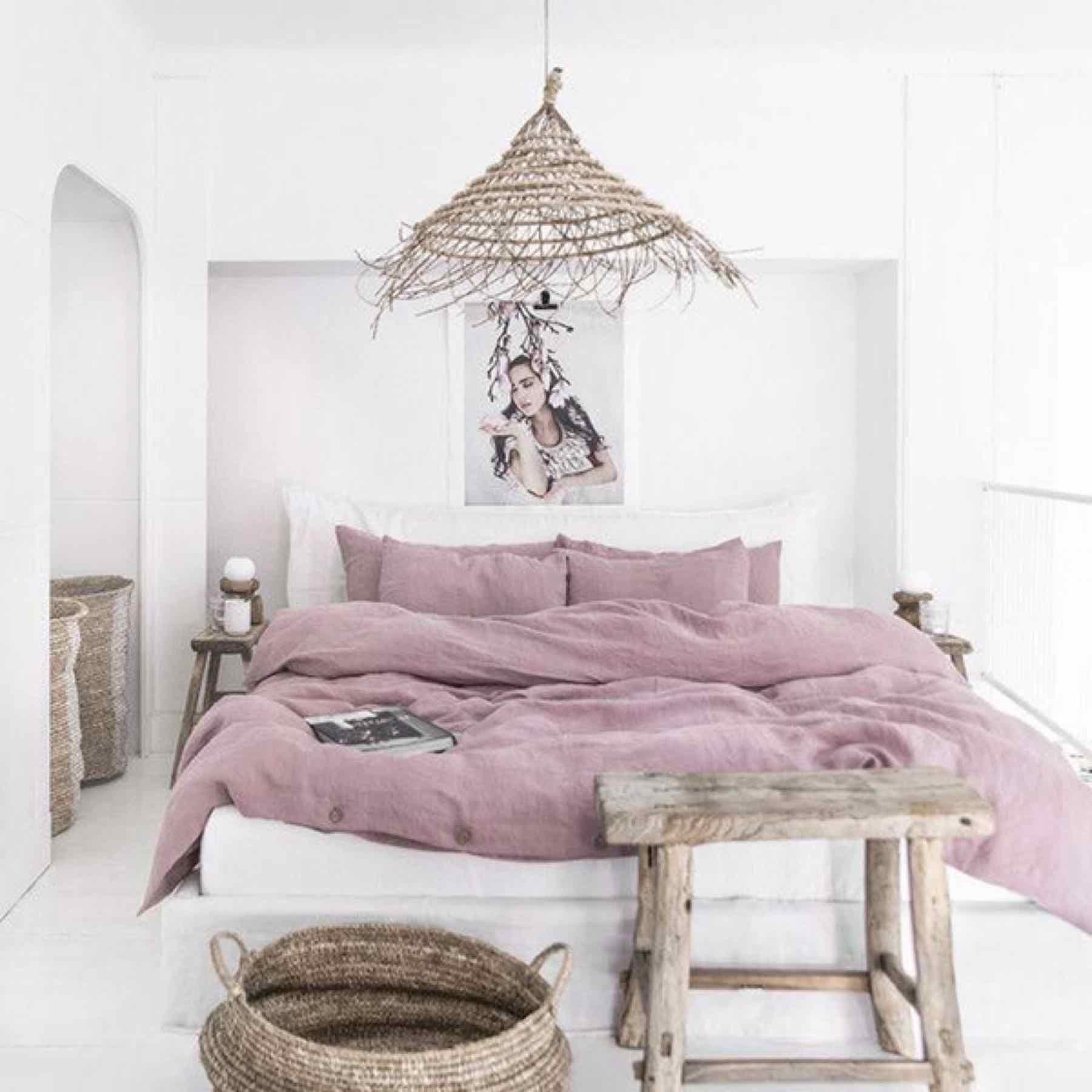 Một chiếc giường thích hợp
