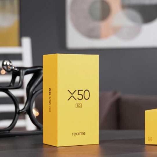 Realme X50: 5G, Snapdragon 765G, VOOC 4.0, sạc đầy 4.200mAh trong 60 phút