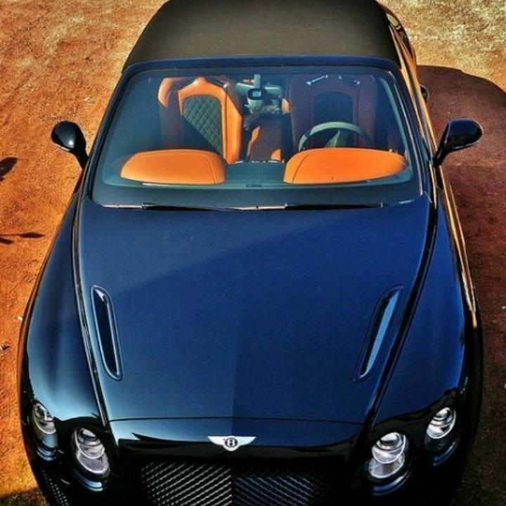 Siêu xe Bantley có giá hàng chục tỷ đồng Việt Nam