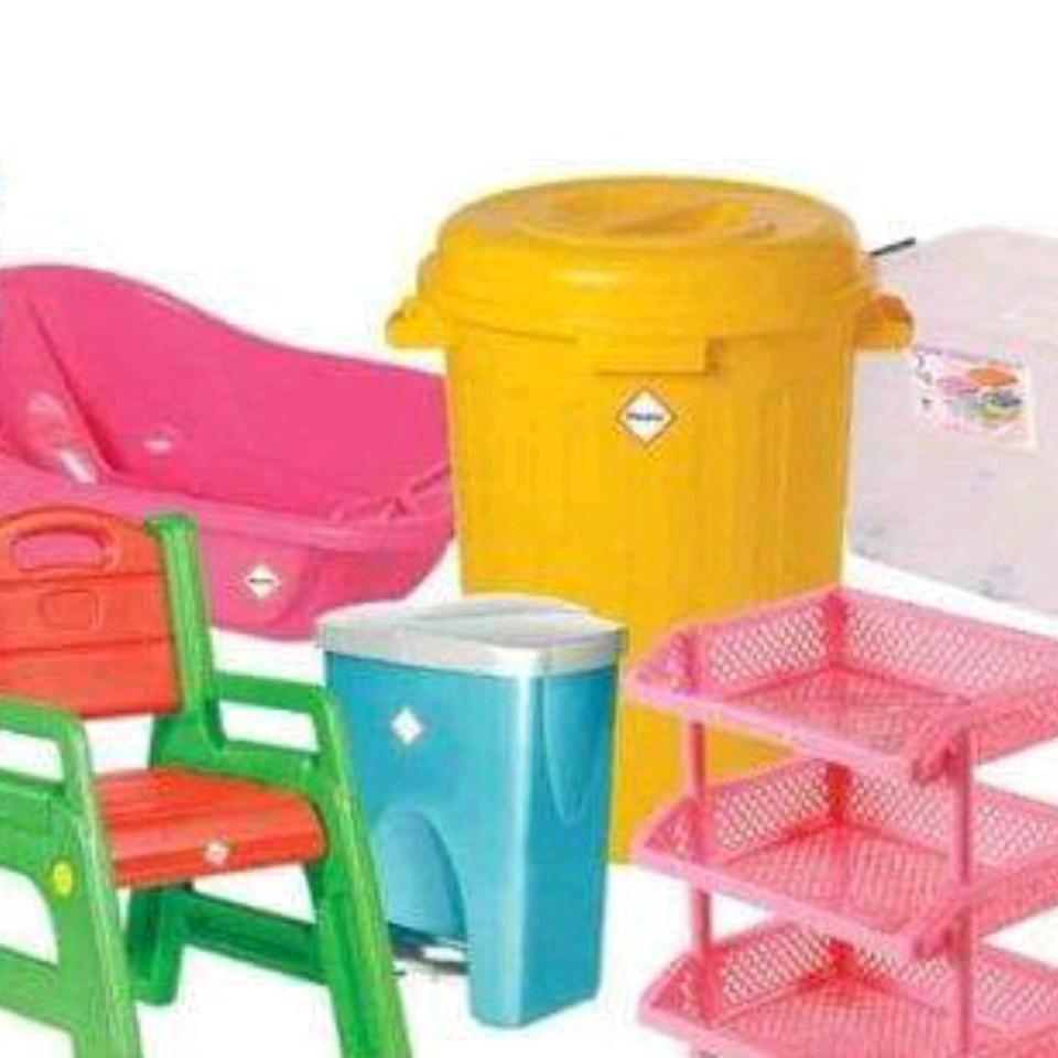 Các loại nhựa gia dụng cần thiết cho gia đình