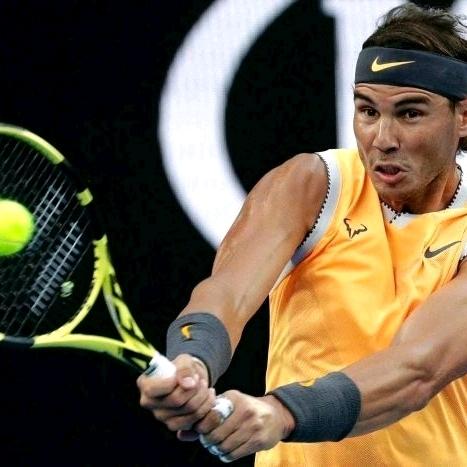 Thuận tay trái có giúp chiếm ưu thế trong tennis