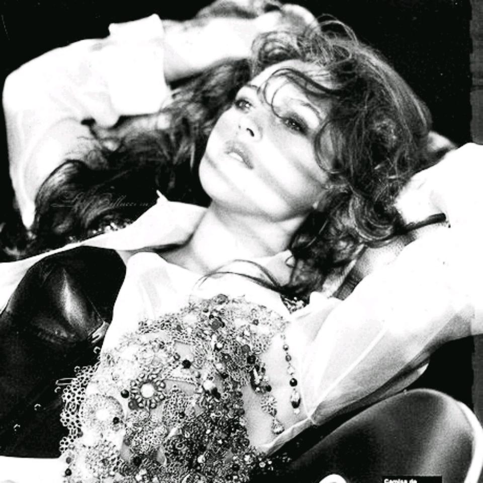 """🎥 Monica Belluci với Malena, là """"Nữ Thần bị chà đạp"""". hay """"Người tình vĩnh cửu của thế giới"""
