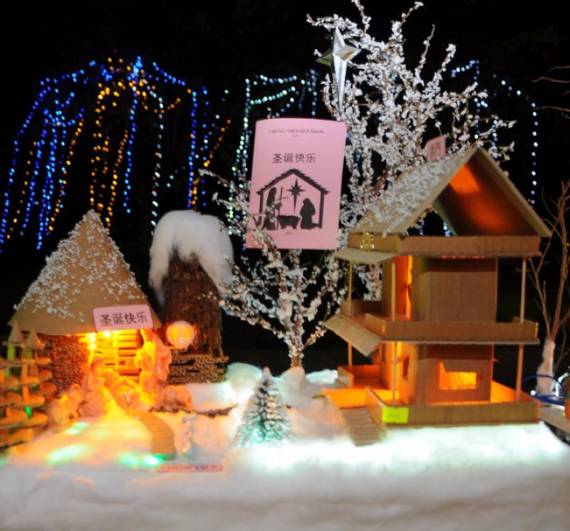 Noel về trên quê hương và khắp phố phường