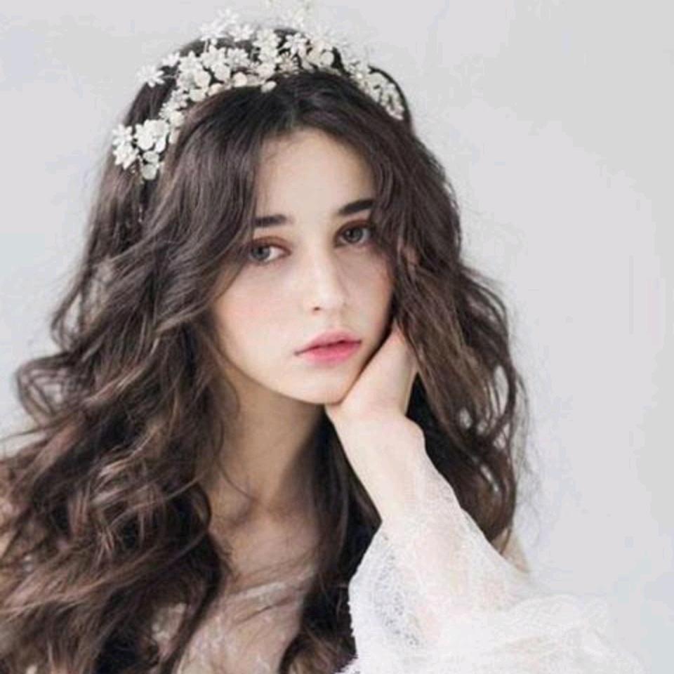 Vẻ ngoài đẹp tựa thiên thần của hot girl đẹp nhất nhì Ukraine