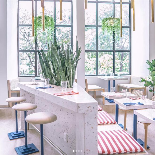 Café Marcel (96 Nam Kỳ Khởi Nghĩa, Q.1)