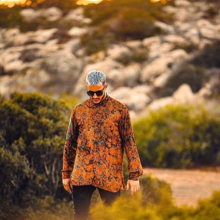6. Lean On - Major Lazer ft DJ Snaker