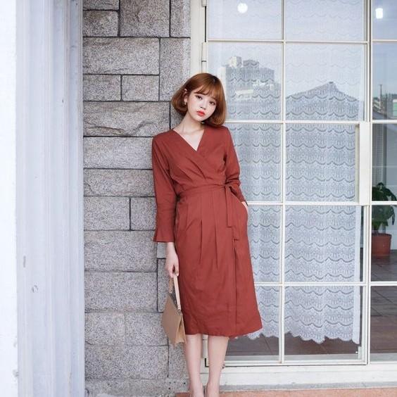 4. Đầm thắt eo