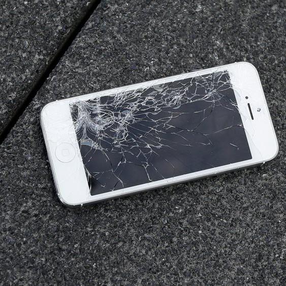 1. iPhone đẹp nhưng chỉ thích giấu kín