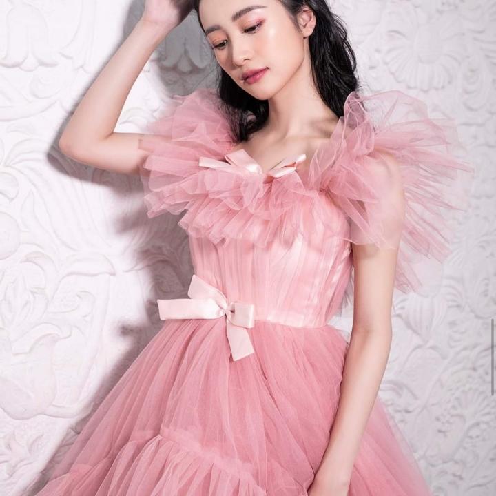 Dàn mỹ nhân 'Tháng năm rực rỡ' hóa công chúa với đầm bồng bềnh