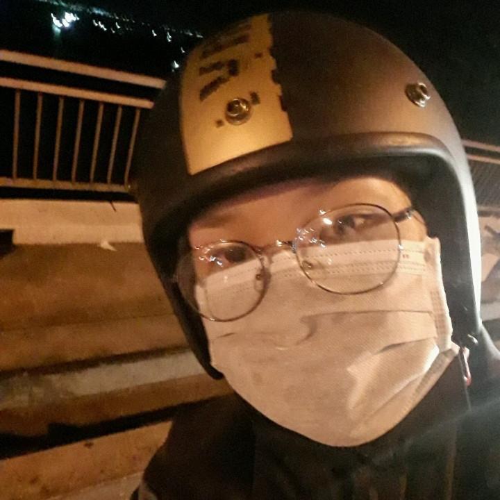 - SG - CM Đây là cầu Mỹ Thuận nhé. Một mình N thôi