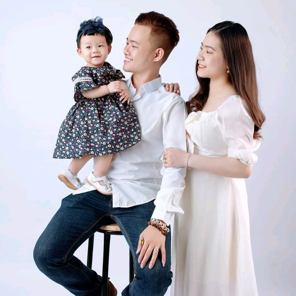Đã bao lâu rồi, cả gia đình bạn không cùng nhau chụp chung một bức ảnh?  Bức ảnh xúc động có ý nghĩa hơn vạn lời nói.