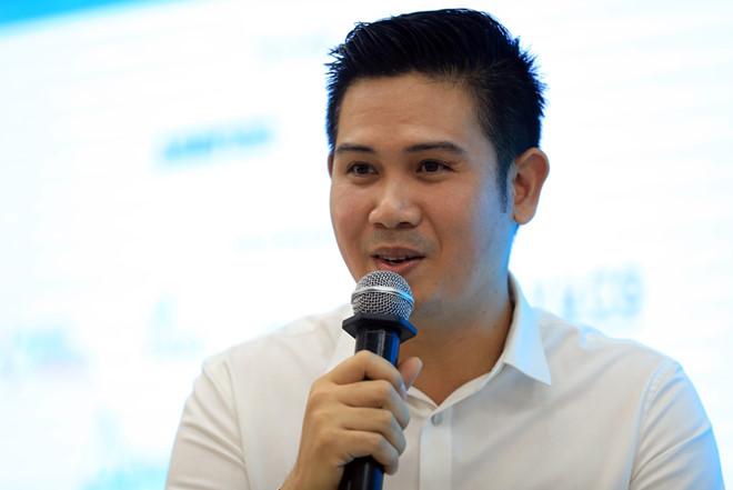 Ông Tam khuyên bạn trẻ nên làm thuê trước khi làm chủ