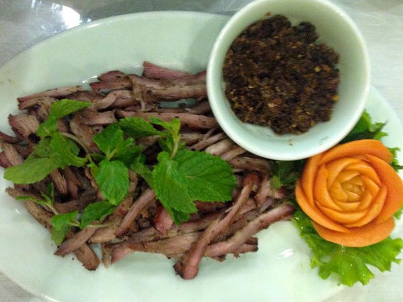 Bò Một Nắng Muối Kiến Vàng - Đặc Sản Phú Yên